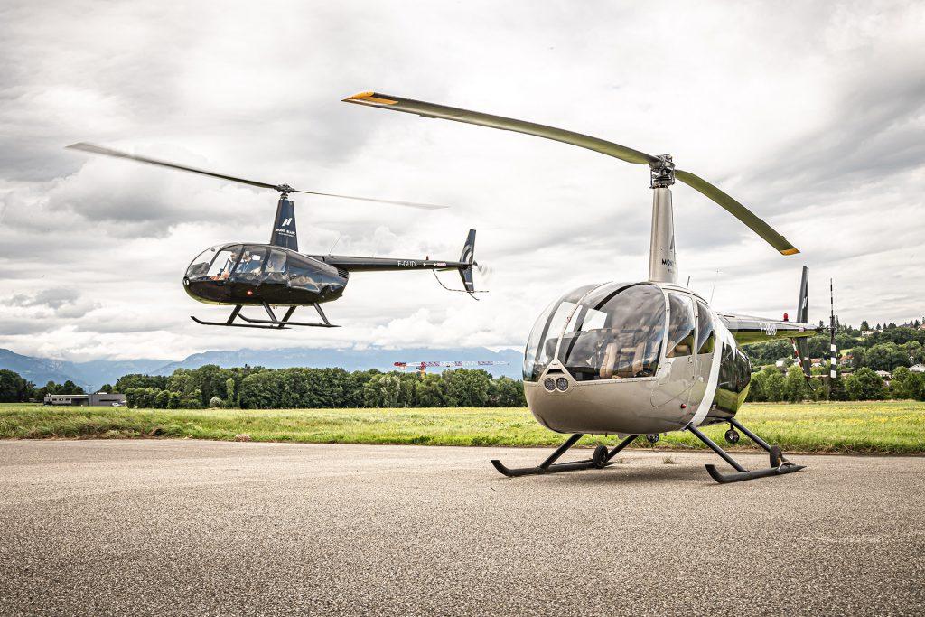 Initiation flights - Robinson R44 - Mont Blanc Hélicoptères Grenoble