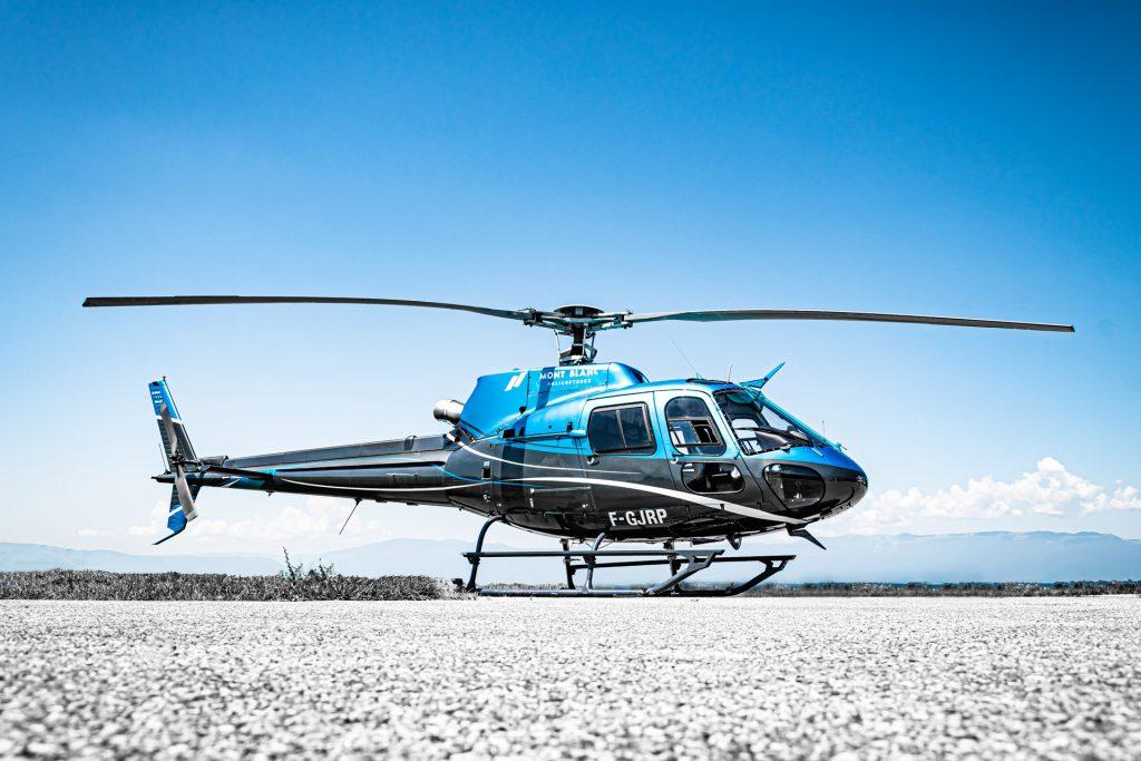 Initiation au pilotage - Airbus AS350 - Mont Blanc Hélicoptères Grenoble