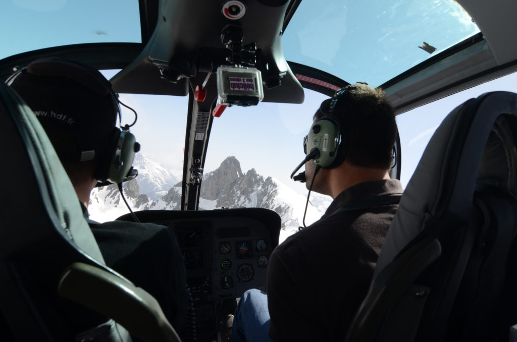 Flying school - One-day pilot training course - Mont Blanc Hélicoptères Grenoble